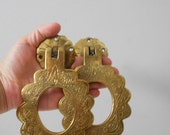 heavy brass hollywood regency etched wall towel holders / towel ring / rack / bath accessory