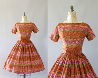 Vintage 50s Dress/ 1950s L'Aiglon Dress/ L'Aiglon Pink and Orange Striped Paisley Print Dress w/ Bow Belt M