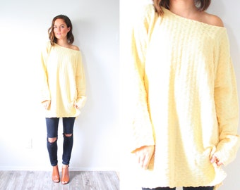 Vintage yellow oversized sweater // cable knit sweater //  sweater dress // light yellow // knit oversized sweater winter jumper dress