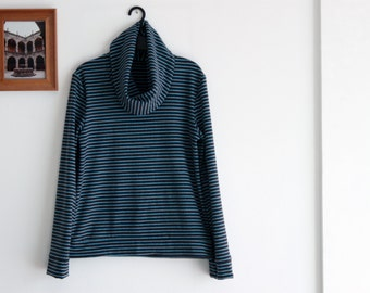 Striped pullover cowl neck for women, japanese style, oxford gray sky blue stripes. Fall-Winter wear. Sizes S to XL.
