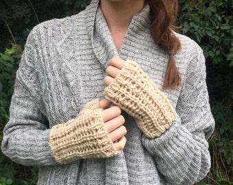 Wrist Warmers, Fingerless Gloves / Knitted Commuter Gloves / Oatmeal Cream Ivory / Lamb's Wool Yarn
