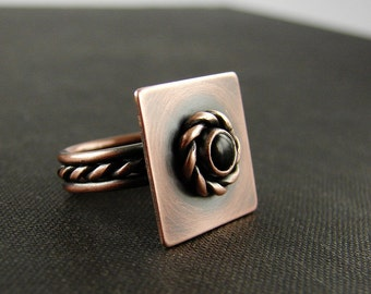 Onyx and copper statement ring. Romantic boho jewelry. Onyx coctail ring size 6.25 Rustic patina