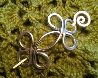 SALE - Medium HAMMERED CELTIC Brooch, Hair Pin or Shawl Pin For Scarf made with Aluminum Wire - Very light to wear -