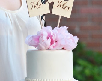 Wedding Mr. and Mrs. puzzle cake topper
