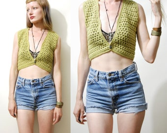 CROCHET VEST 70s Vintage Wool Knit Sweater Top Olive Green Small Cropped fit Bohemian Boho Hippie 1970s vtg xs s