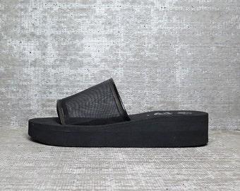 Vtg 90s Black Mesh Minimal Platform Slippers 10