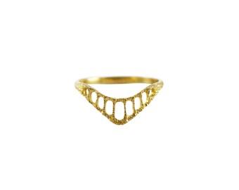 Pinnacle Ring, Delicate Ring, Thin Ring, Intricate Ring, Stacking Ring, Contour Ring, Wedding Ring, Alternative Wedding Band, Textured Ring