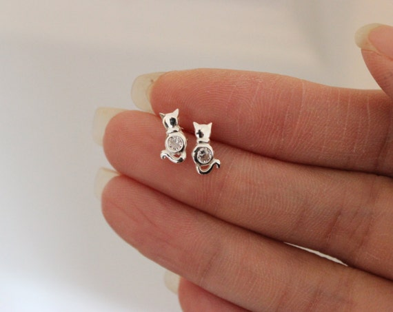 Cat Stud Earrings Sterling Silver Cat Earrings Tiny Stud