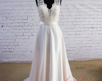 Special Wheat Color Wedding Dress V-Neck Wedding Dress V-Back Wedding Gown Ivory Lace A-line Bridal Gown