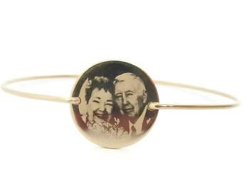 Personalized Photo Bangle Bracelet, Picture Charm Bracelet, Gold Engraved Keepsake Bracelet, Custom Photograph Bangle, Remembrance Bracelet