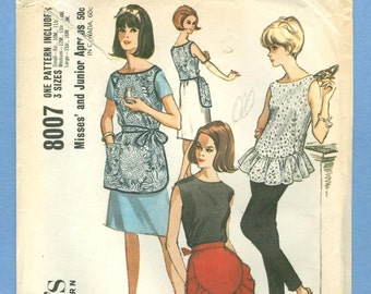 1965 Misses' and Junior Aprons Sizes S,M,L - Vintage McCall's Sewing Pattern 8007