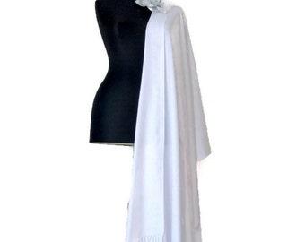 White Shawl, White Wedding Shawl, Soft Luxury Pashmina, Gift Scarf, Elegant White Wrap, Bridesmaid Gift, Wedding Favor, Flower Brooch Pin