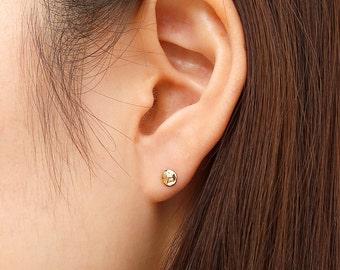 14K Solid Gold Tiny Dot Stud Earrings, 14K Tiny Circle Studs, 14K Dot Earrings, 14K Small Studs, Minimalist Earrings, 14K Simple Studs 4.7mm
