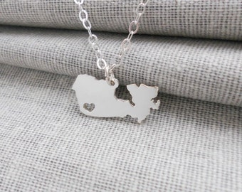 Silver Canada Necklace,Personalized Candada Pendant,Canada Shaped Necklace with Heart,Custom Country Necklace,Canada Pendant Necklace