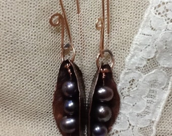 """copper earrings and pearls. """"Barchetta"""""""