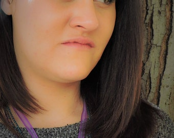 Purple pressed flower ribbon necklace