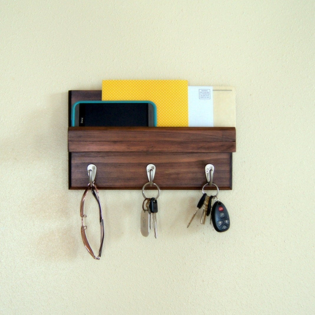 Key rack and mail holder - Mail holder and key rack ...