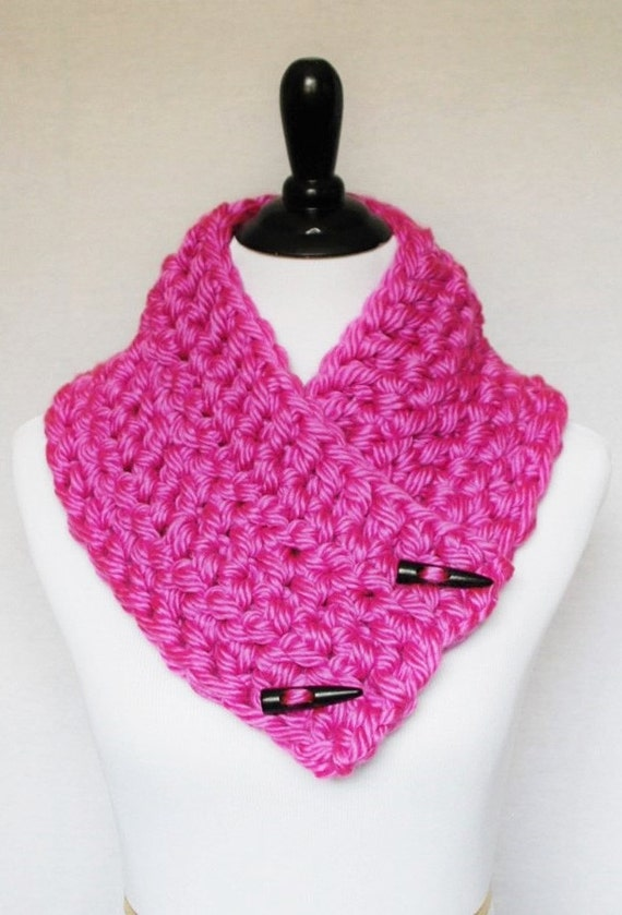 Pink Crochet Scarf, Chunky Button Cowl, Crochet Neck Warmer, Wrap Scarf - Magenta, Fuchsia, Hot Pink