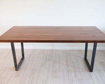 DINING TABLE with metal supports