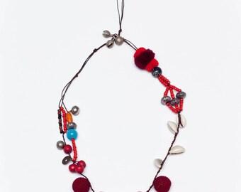 04. Pompom Necklace