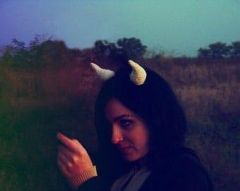 halloween ivory horns devil horns halloween accessories daemon horns hairband Demonic Horn Cosplay Horn Monster Horns Costume Devil Horns