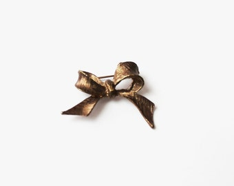 Vintage Gold Bow Tie Brooch