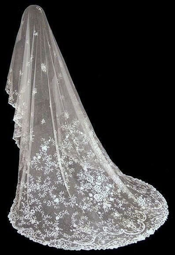 MAGNIFICENT Antique Victorian Princess Lace Wedding Bridal Veil
