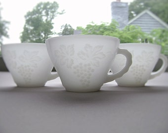 Anchor Hocking Vintage Milk Glass Punch Mugs, Grape Pattern, Grape Cluster, Mid Century, Set of Four, Non Stippled, Raised, Embossed Glass