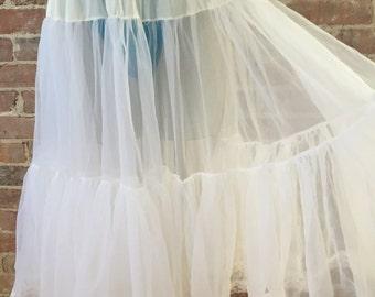 S / M - 1950s Sheer White Petticoat / Vintage Crinoline