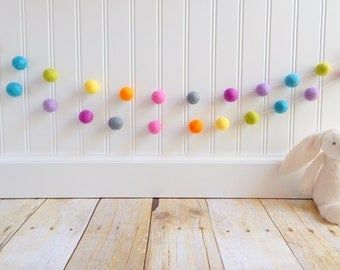 Garland, Felt Ball Garland, Girl Nursery Decor, Baby Room Decor, Pom Pom