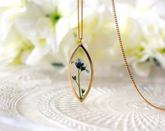 Resin / necklace / blue/ Real Flower Jewelry, Gift for her, Real Flower Necklace, Cool Necklace, Terrarium, Plant Necklace, Bohemian Jewlery