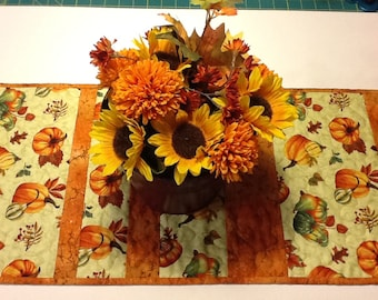 Quilted Autumn Table Runner,  Fall Table Runner, Quilted Pumpkin Table Topper