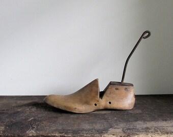 Vintage Wood Shoe Form Size 8 1/2 E