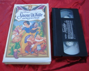 Vintage VHS Tape Cassette Tape Snow White and The Seven Dwarfs Walt Disney  Classic