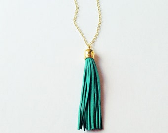Tassel necklace, green  tassel necklace, tassel jewelry, colorful jewelry, green necklace, layering necklace, statement necklace