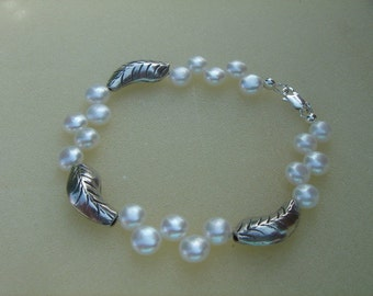 Pearl bracelet and 950-er silver! Something special!