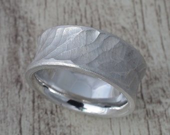 Tree ring, silver ring, band ring