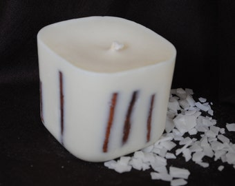 Large Soya Wax Cinnamon Candle - Xmas, Christmas Table Centre Piece - Gothic, Scary - Natural Colour with cinnamon sticks