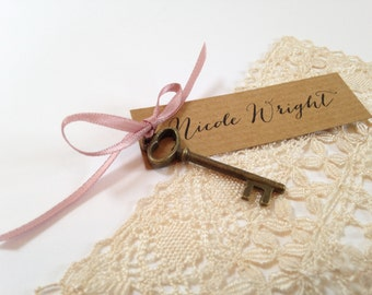 Rustic Place Cards, Rustic Place names, Wedding Place Cards, Place Setting, Name Cards, Wedding Place Names, Key Place Cards,