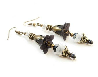Very elegant black and white lucite flowers dangle earrings, acrylic floral earrings with glass beads - gift for her, vintage with modern