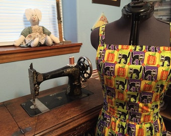 Halloween Apron with Black Cats