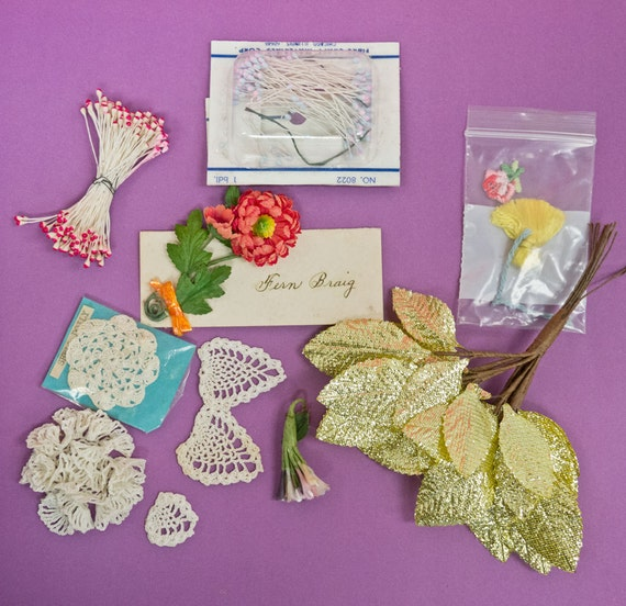 Vintage Millinery Flower and Tatted Lace Mixed Lot