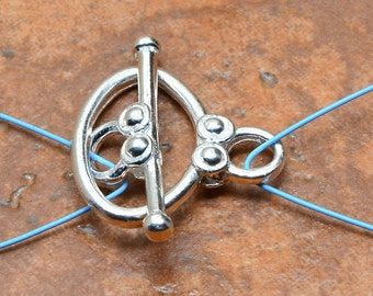 Sterling Silver toggle clasp (#J1404)