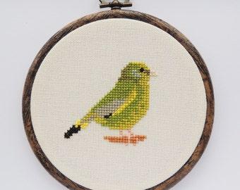 Greenfinch cross stitch pattern. Cross stitch bird. Greenfinch pattern. Greenfinch chart. Bird pattern. PDF instant download.