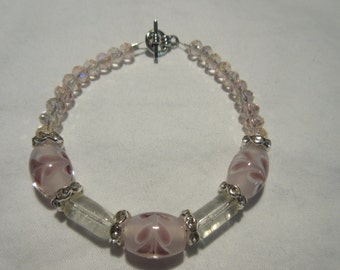 Pale Pink Flower and A/B Glass beaded bracelet