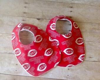 Cincinnati Reds Bib