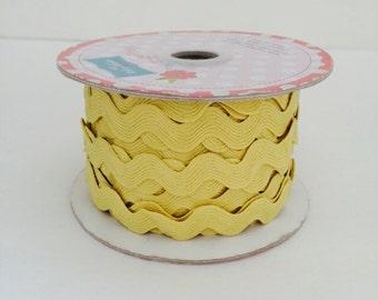 3/4 inch Ric Rac-Yellow (5 Yard Bundle) Riley Blake Designs
