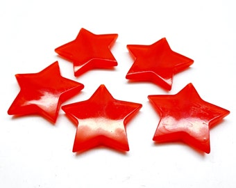 Set of 10 red stars pearls, acrylic, 27.5 * 5 mm
