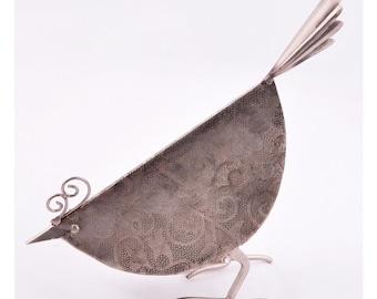Tweet tweet Little modern bird sculpture