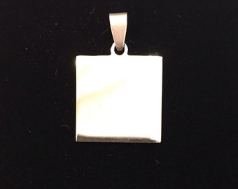 Medium square pendant with possibility of custom engraving
